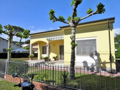 Photo for Beautiful villa, close to the beach for 6 people.