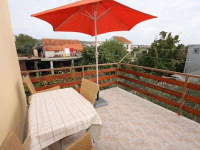 Photo for One bedroom apartment with terrace and sea view Bibinje (Zadar)