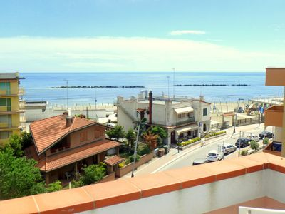 Photo for Large three-room apartment in the center with beautiful sea view in Lido di Pomposa