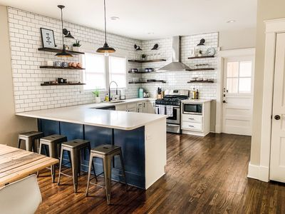 NEW LISTING - Hip East Nashville house walking distance to top eats.