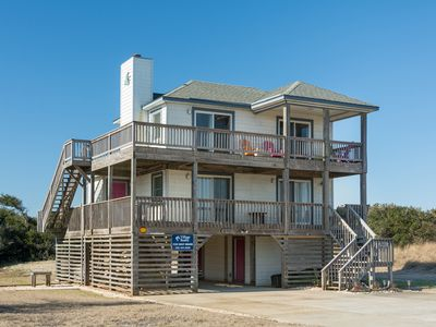 Photo for Second Wind: Oceanside, 4 bedrooms, quick walk to the beach.