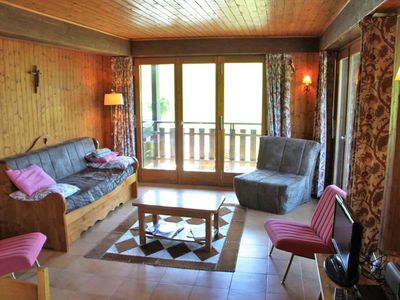 Photo for The residence LE PANORAMIC enjoys an ideal location, 400 m from the center of the resort, calm
