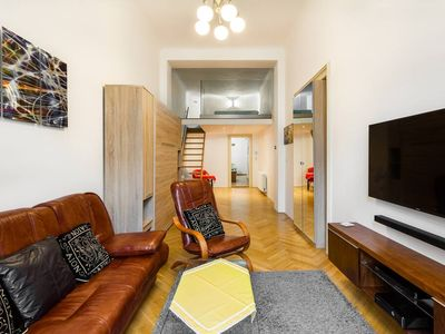 An unique opportunity to  find your self's in one of the very few apartments directly on the Wencelslas Square in Center of  a beautiful city Prague
