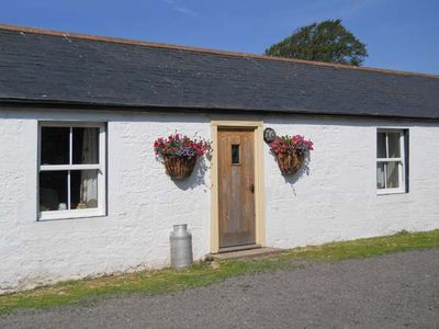 Photo for DABBINS COTTAGE, pet friendly, with open fire in Ruthwell, Ref 20803