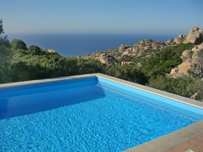 Photo for Stunning private villa for 12 guests with private pool, TV, pets allowed and parking