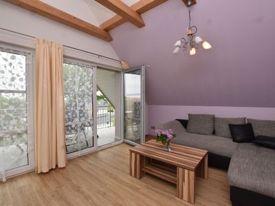 Photo for Luxurious Seaside Apartment in Pepelow
