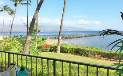 Panoramic ocean view  from the comfort of the private lanai