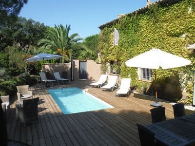 Photo for Provencal Bastide, charm, surrounded by greenery, very quiet.