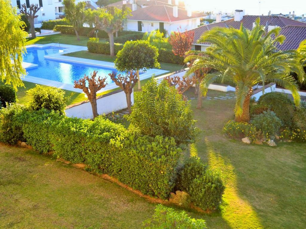 Apartment overlooking the sea, garden and pool, Sitges, CT ...