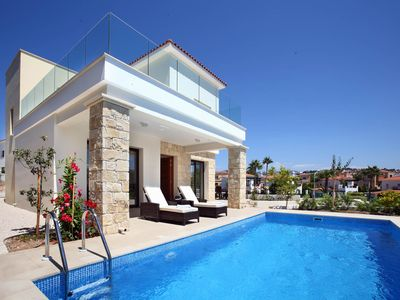 Photo for Golden villa 1. New, Luxury 3 bedroom beach villa with private pool.