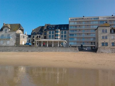 Photo for Plage du Sillon, T2, Secure & private parking, internet, Holiday room