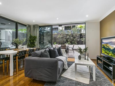 Photo for Large unit amid inner-city greenery close to CBD