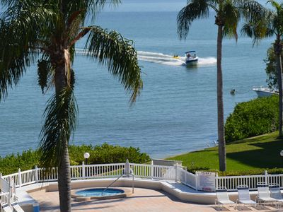Waterfront living! Relax and enjoy a comfortable tropical vacation