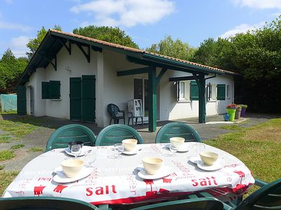 Photo for 3 bedroom Villa, sleeps 6 in Saint-Pée-sur-Nivelle with WiFi