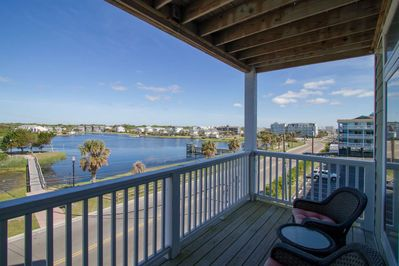 Watch the sunset over the Carolina Beach Lake with your favorite beverage on the top deck, what a view!