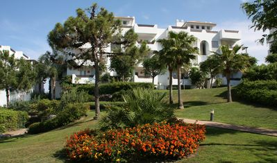 Photo for Luxury Seaview Apartment, Estepona - A/C & WiFi, ideal for golf & sightseeing
