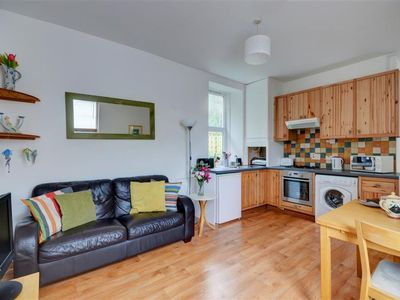 Photo for Lovely apartment for 4 people with TV, pets allowed and parking