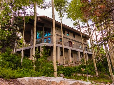 Photo for La Vista - Expansive, modern home located right on the mountain.