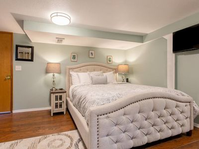 Photo for New  Seattle Apartment, Sleeps 2!