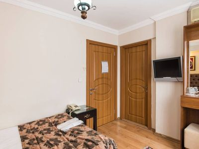 Photo for 1BR Apartment Vacation Rental in ?stanbul, ?stanbul