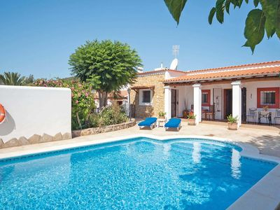 Photo for Spacious 5 bedroom villa, ideal for 2 families, private pool & Wi-Fi