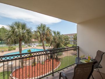 I Love You To The Beach And Back!! A Very Pretty Condo with a Great View!
