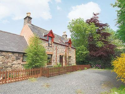 Photo for 2 bedroom property in Strathcarron. Pet friendly.