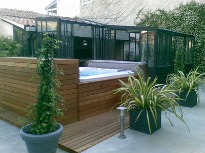 Photo for Charming outdoor jacuzzi