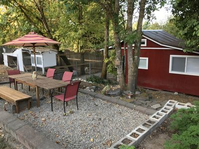Guest house with picnic area
