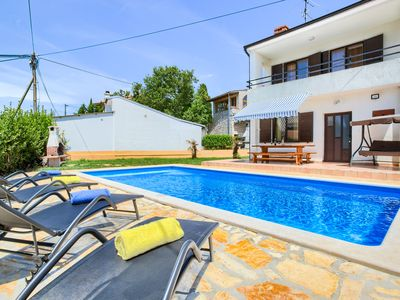 Photo for House with pool, large garden and good location in Medulin