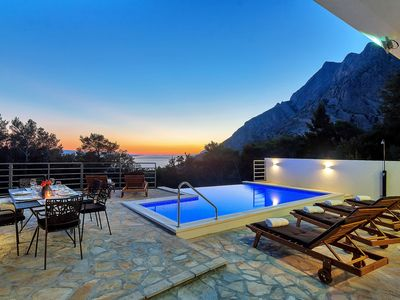 Photo for SPECIAL PRICE! Holiday house with heated pool, sea view, three bedrooms