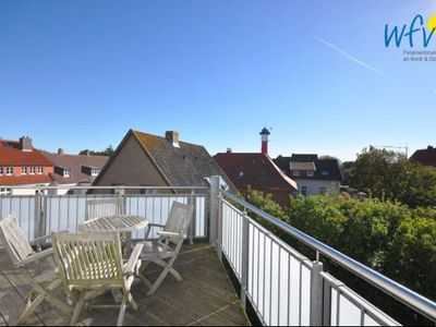 Photo for Family-friendly apartment very close to the beach!