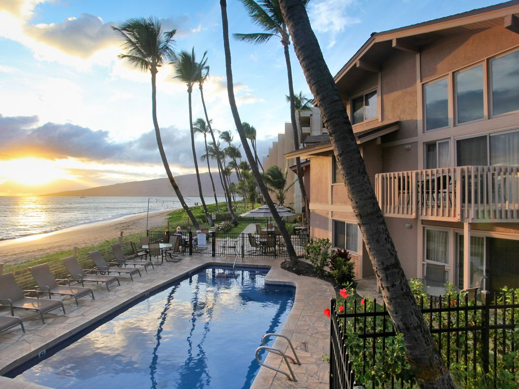 Kihei sands beachfront condo b10 on mauis beautiful sugar beach 2 kihei condo rental publicscrutiny Image collections