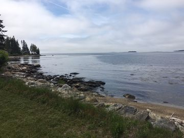 Oceanfront Cottage-Crashing Surf, Sandy Beach -Lighthouse one mile away