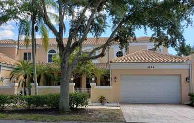 Photo for Walk to Beach! West of 41 in Park Shore area, Free WIFI - LUXURIOUS VILLA