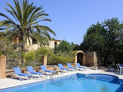 Photo for Pool & Garden, air conditioning, in the countryside, good facilities