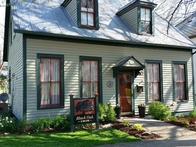 Photo for Black Oak Inn Guest House Is An 1895 Cottage, In A Historic Town in Wine country