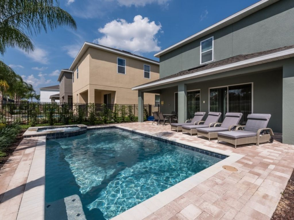 Ec168 encore club 5 bedroom pool home kissimmee disney for 5 bedroom house with pool