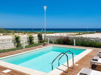 Photo for Villa for 6 People in Sicily with private pool at the Sea