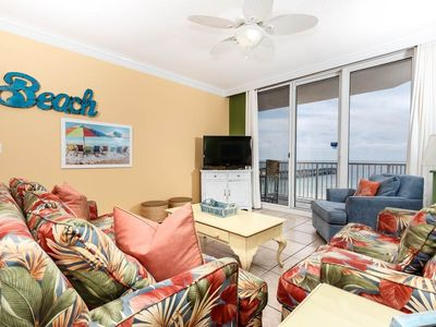 Photo for Beachy Condo, Free Wi-Fi, Outdoor seasonally heated pool, Easy beach access