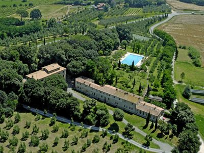 Photo for One bedroom Apartment, sleeps 4 in Molino del Roglio with Pool and WiFi