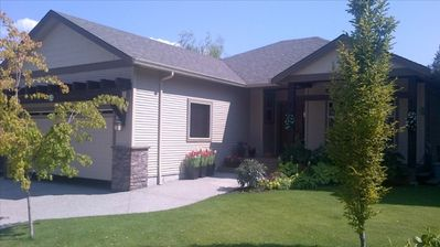 Photo for Beautiful 1bdrm Furnished Suite in West Kelowna
