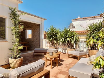 Photo for Very nice house in the center of the old village of l'Escala, 150 m from the sea.