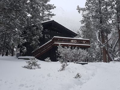Photo for Modern & Upscale Cabin With Dramatic Views In Fern Valley - Lazy Arrow Lodge