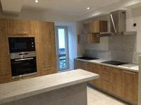 Fantastic apartment. Very modern with all the mod cons and superbly situated. All as described