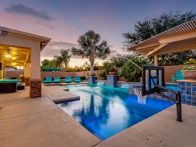 Photo for Perfect Home! Heated Pool/Spa. 2 King Bedrooms. Unbelievable Resort Backyard! Sleeps 10.