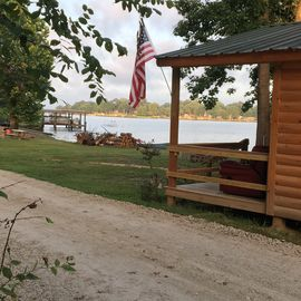 🌹Beautiful Waterfront Cabin #5🌹 Lake Livingston, Onalaska, Texas