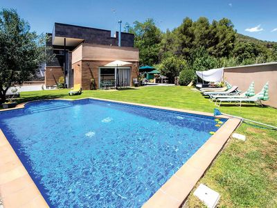 Photo for 5 bedroom Villa, sleeps 10 in Sentmenat with Pool and WiFi