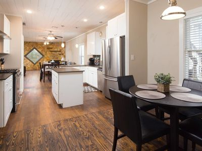 Photo for Lovely Residence - Central / Downtown!