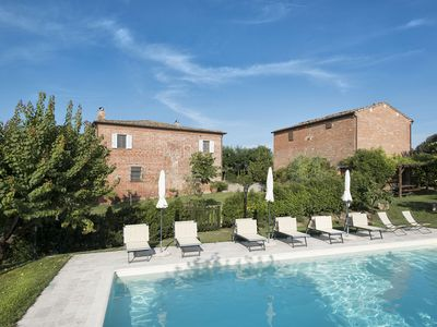 Photo for 3 bedrooms apartment with shared pool in Montepulciano